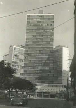 69 - edifício Eiffel (20/5/1962)