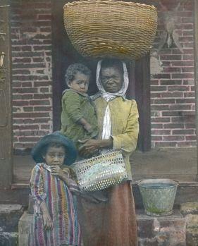 Eine schwarze Waschfrau